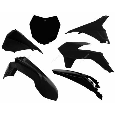 Sada plastov čierna